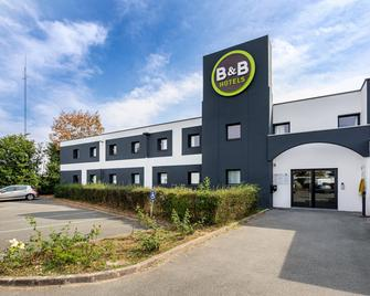 B&B Hotel Angers Parc Expos - Angers - Building