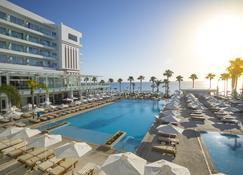 Constantinos The Great Beach Hotel - Protaras - Piscina