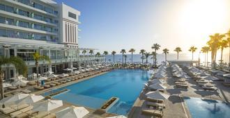 Constantinos The Great Beach Hotel - Protaras - Pool