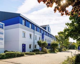 ibis budget Dortmund Airport - Унна - Building