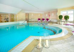 Dorint Strandresort & Spa Sylt/Westerland - Sylt - Pool