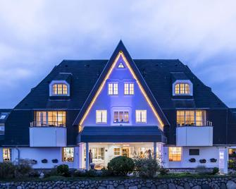 Dorint Strandresort & Spa Sylt/Westerland - Sylt - Building