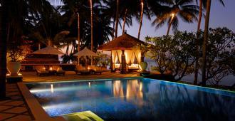 Spa Village Resort Tembok Bali - Tejakula - Pool