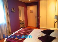 Irin Hotel - Antibes - Bedroom
