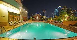 Ramada D'ma Bangkok - Bangkok - Pool