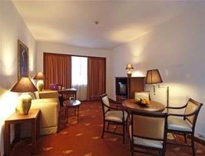 曼谷華美達迪瑪閣酒店 - 曼谷 - 客廳