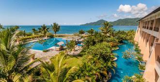 The Natsepa Resort And Conference Center - Ambon - Piscina