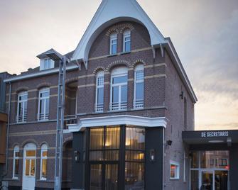 Hotel De Secretaris - Overpelt - Building