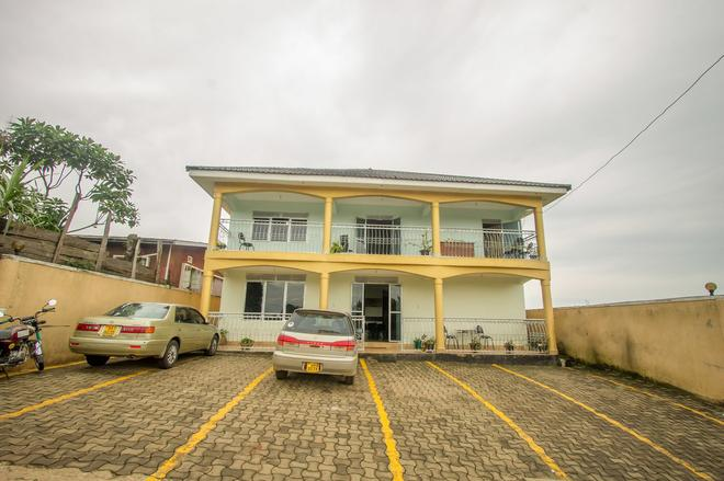 New Fort View Hotel - Nkingo - Building