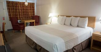 Motel 8 Rock Springs - Rock Springs - Bedroom