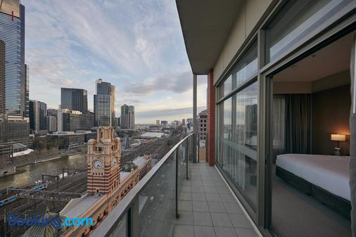 DoubleTree by Hilton Melbourne - Flinders Street - Melbourne - Balcony