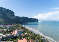 Avani Ao Nang Cliff Krabi Resort - Krabi - Gebouw