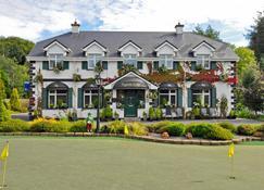 Augusta Lodge - Westport - Building