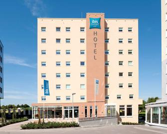 Ibis Budget Luxembourg Sud - Livange - Building