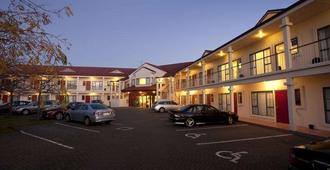 Aubyn Court Spa Motel - Palmerston North - Κτίριο
