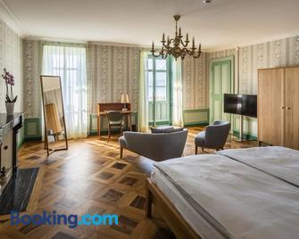 Schloss Schadau Hotel & Restaurant - Thun - Slaapkamer