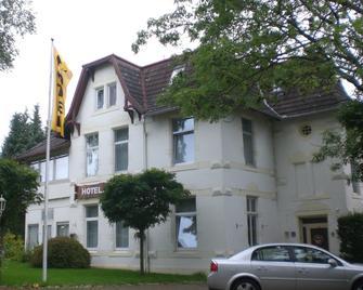 Hotel Seeufer - Plön - Building