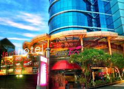 favehotel MEX Surabaya - Surabaya - Rakennus