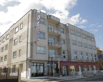 Hotel Alda Bueumar - Bueu - Building