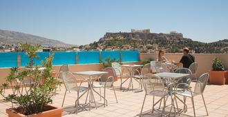 Arion Athens Hotel - אתונה - מרפסת