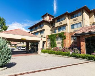Kanata Kelowna Hotel & Conference Centre - Kelowna - Edificio