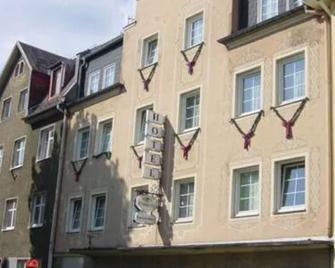 Hotel Schmidt - Selb - Gebouw