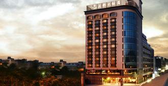 Grand City Hotel - Taichung - Edificio