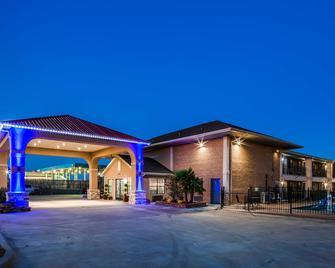 SureStay Hotel by Best Western Terrell - Terrell - Gebouw