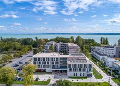 Aura Hotel - Adults Only - Balatonfüred - Edificio