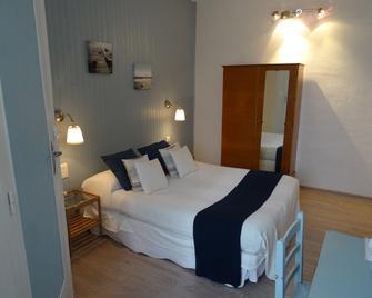 Le Grand Hotel - Forcalquier - Bedroom