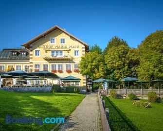 Hotel-Gasthof Maria Plain - Bergheim - Building
