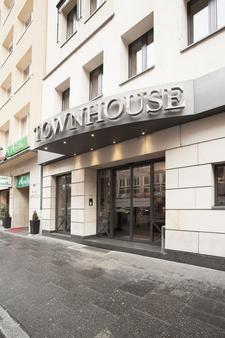 Townhouse Hotel - Frankfurt/ Main - Toà nhà