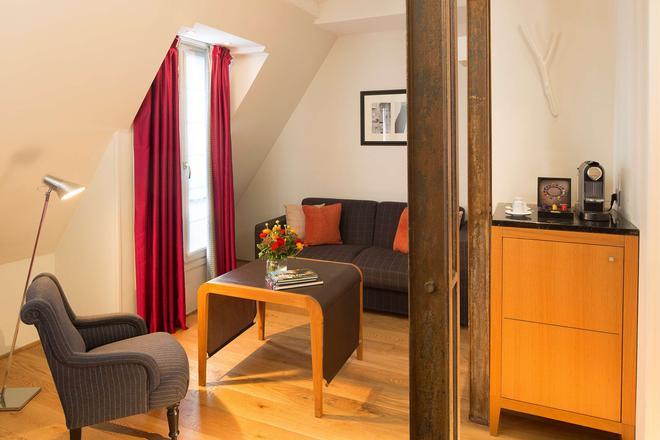 Hotel Le Six - Paris - Living room
