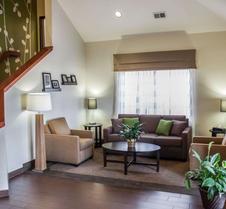Sleep Inn and Suites Topeka West I-70 Wanamaker