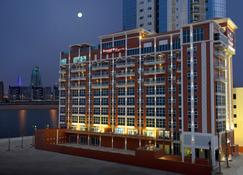 Ramada by Wyndham Manama City Centre - Manama - Edificio
