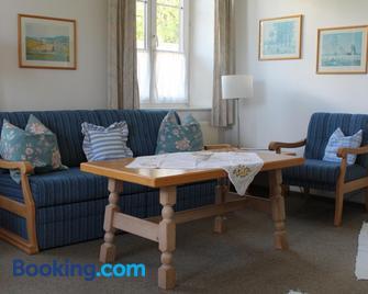 Villa Waldfrieden - Ferienwohnungen Und -Haus - Kochel am See - Living room