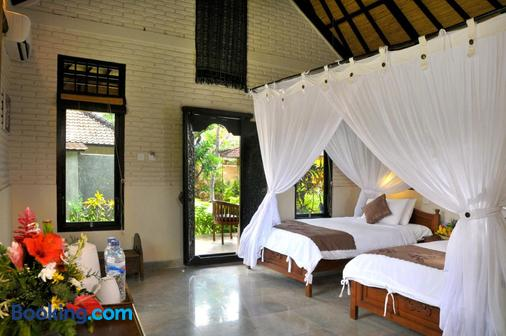 Hidden Paradise Cottages - Abang - Bedroom