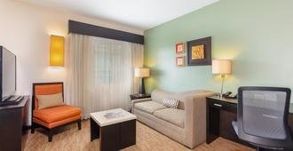 Residence Inn by Marriott San Jose Escazu - San José - Living room