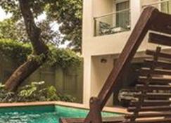 Tapu'a Apart Hotel - Asunción - Piscina