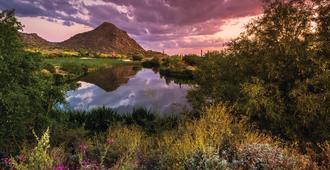 Holiday Inn Club Vacations Scottsdale Resort - Scottsdale - Näkymät ulkona