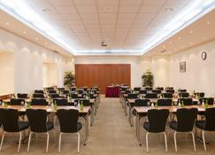 Holiday Inn Moscow - Sokolniki - Moscow - Meeting room