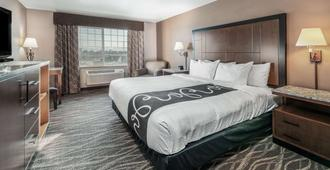 La Quinta Inn & Suites by Wyndham Belgrade - Bozeman Airport - Belgrade - Bedroom