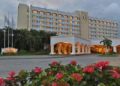 Intercontinental Hotels San Salvador-Metrocentro Mall - San Salvador - Edificio