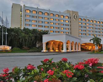 Real InterContinental San Salvador at Metrocentro Mall - San Salvador - Edificio