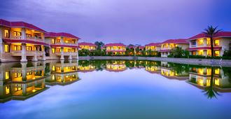 Regency Lagoon Resort - Rajkot - Building