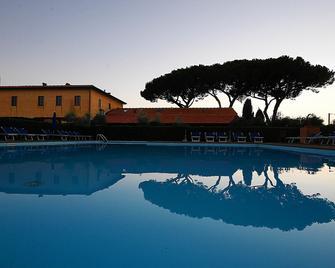 Podere San Giuseppe - San Vincenzo - Pool