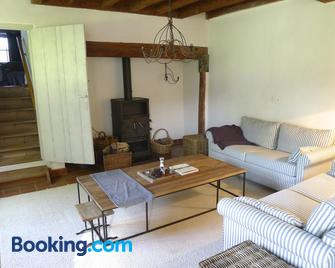 Holiday Home Bonjour Clara - Alveringem - Living room