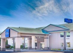 Baymont by Wyndham Bartonsville Poconos - Bartonsville - Gebäude