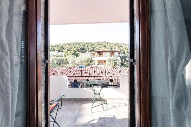 Yianna Hotel - Skala - Balcon