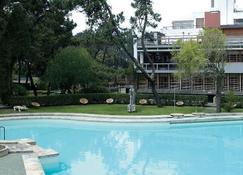 هوتل بارك دو ريو - إسبوسيند - حوض السباحة